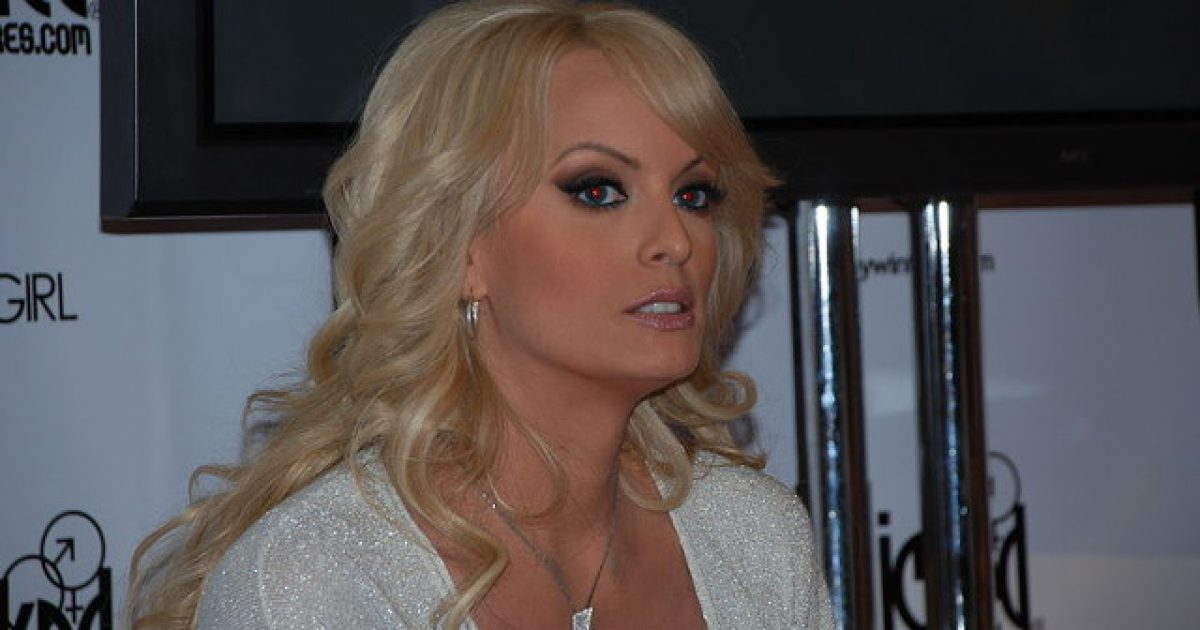 Check Out The 'Counterprogramming' Stormy Daniels Offered ...