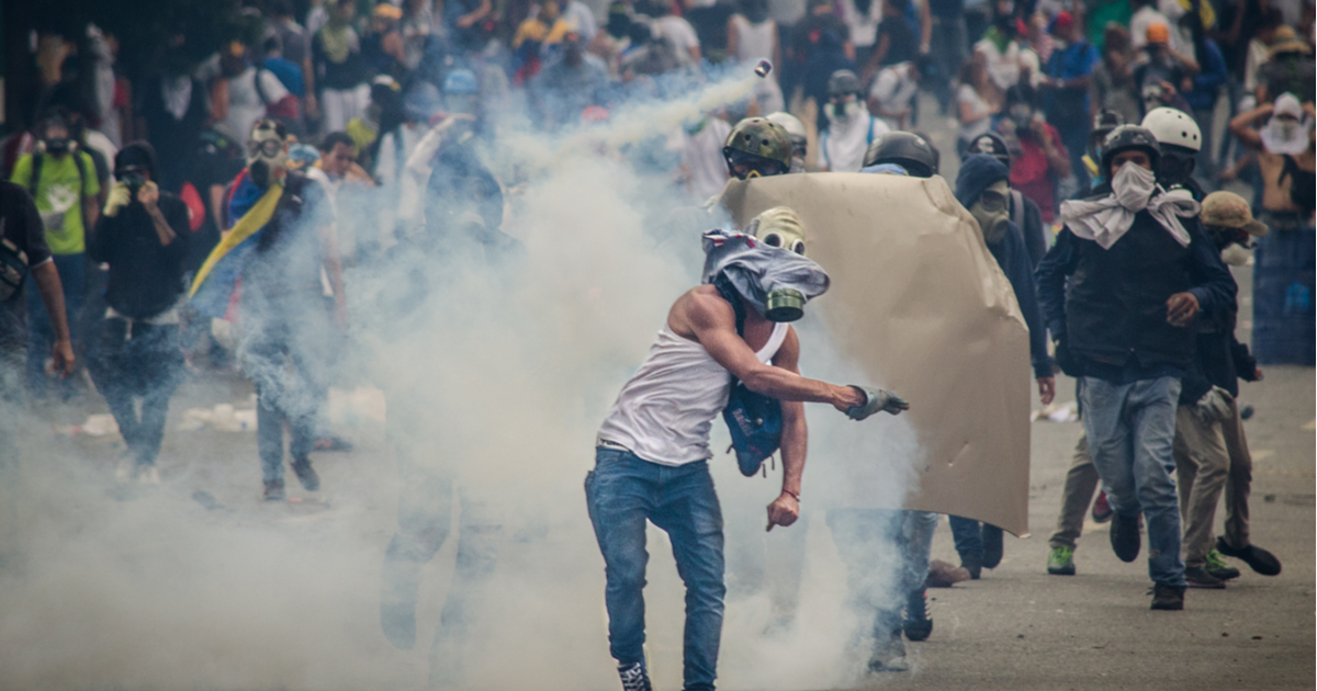 Teachers Crowdfund Trip To Venezuela, Come Back Praising Socialism